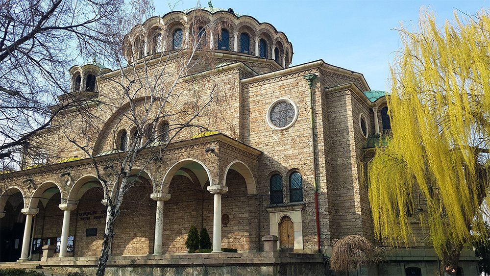 1 Day in Sofia Walking Itinerary | Sveta Nedelya Church