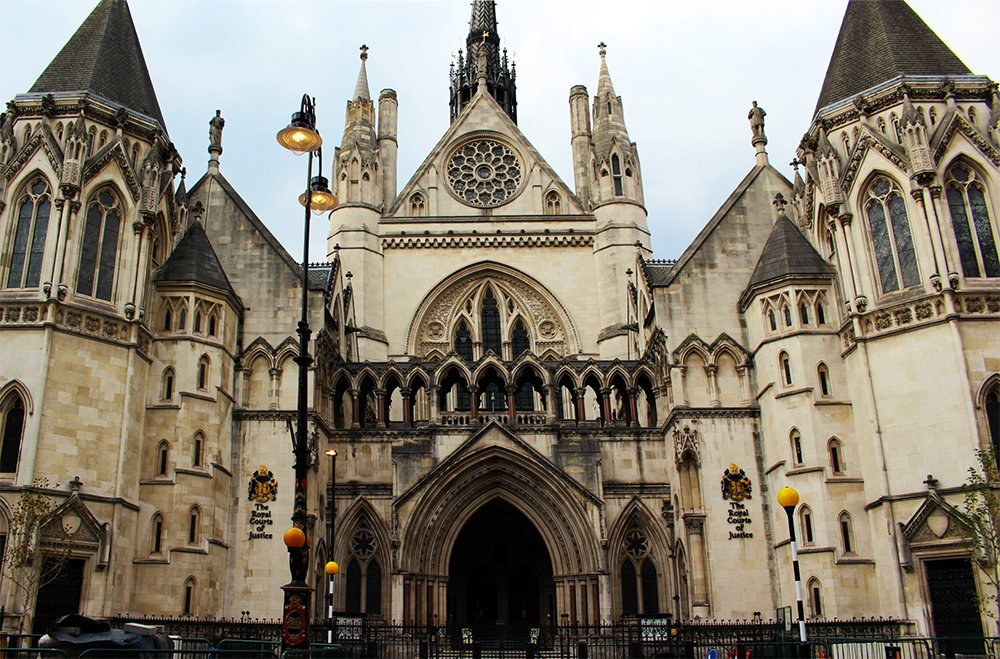The Royal Court of Justice | 1 Day in London Walking Itinerary