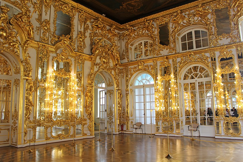 A full travel guide to St Petersburg, Russia | Inside Catherine's Palace in Pushkin