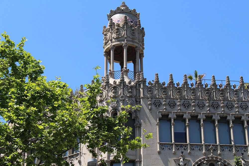 First Timer's Guide: 12 places to see in Barcelona | Passeig de Gracia