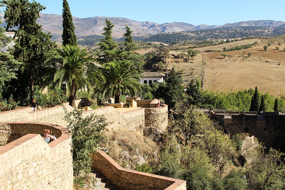 3 weeks of solo travel in Spain, Part 5: 1 day trip to Ronda | Cuenca Gardens