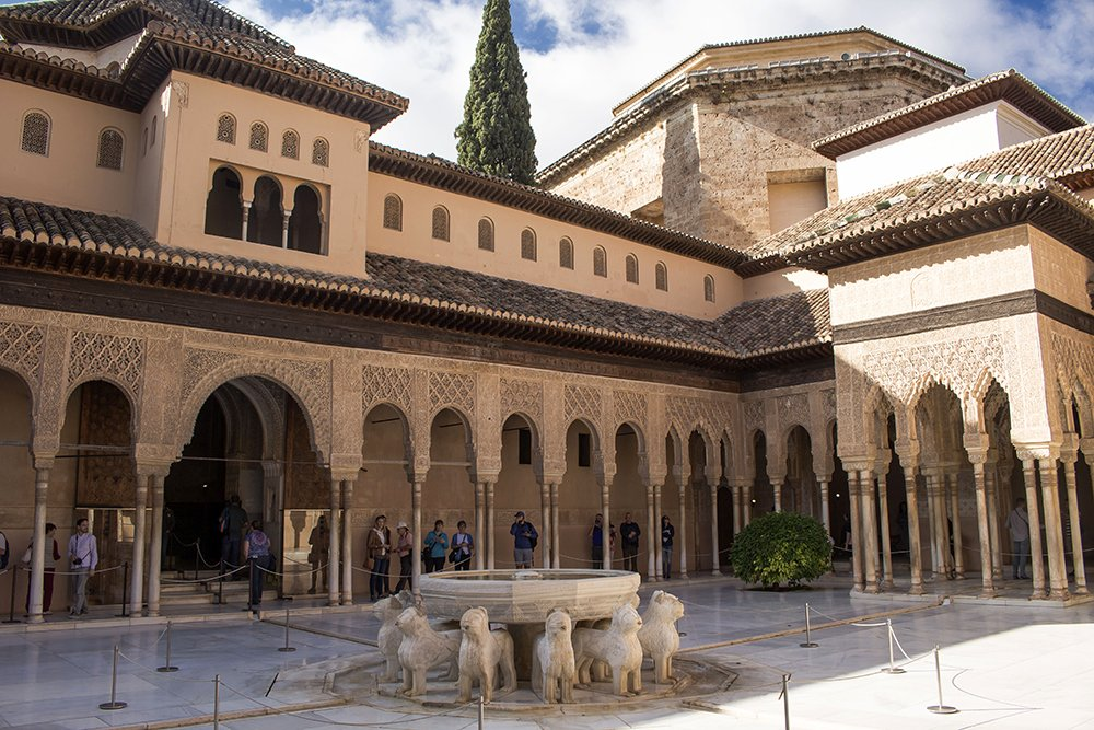 3 Weeks of Solo Travel in Spain, Part 3: things to do in Granada | The Alhambra
