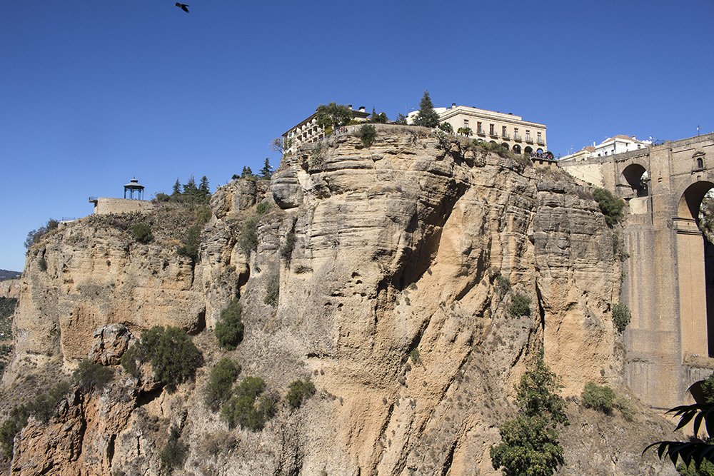 3 weeks of solo travel in Spain, Part 5: 1 day trip to Ronda | The gorge