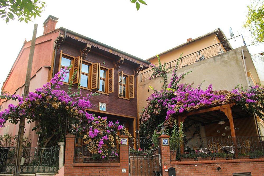 Один день на Бююкада, Принцевы острова, Стамбул   Особняк на острове Бююкада
