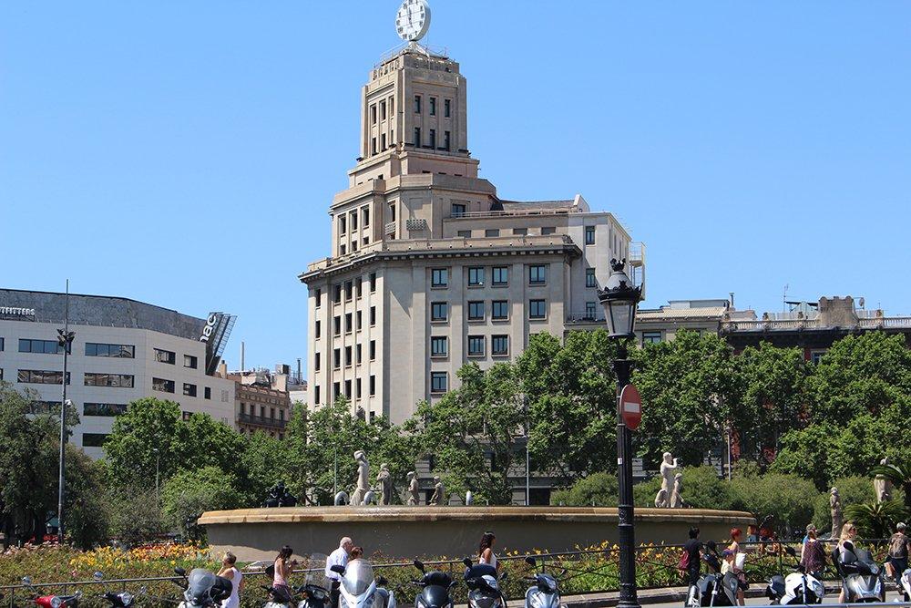 Что посмотреть в Барселоне в первый раз | Площадь Каталонии