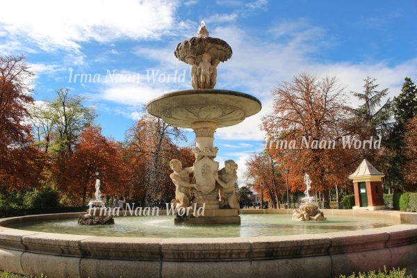 A fountain in Madrid's Retiro Park
