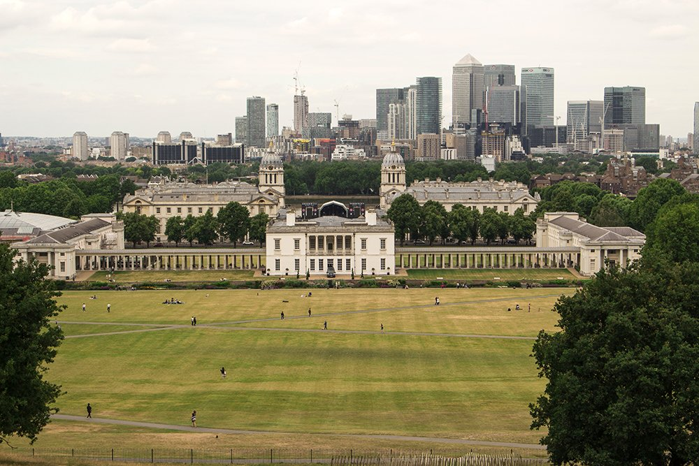 Cool things to do in London | Naval College and Canary Wharf from the Greenwich Park