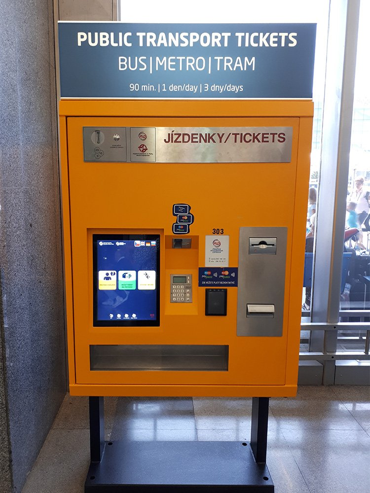 First Timer's Guide: Travel Tips for Prague | Ticket machine at the airport