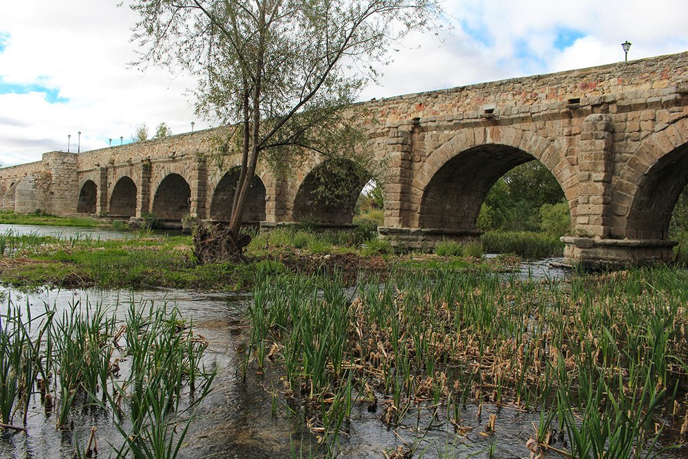 Things to do in Salamanca, Spain   Puente Romano