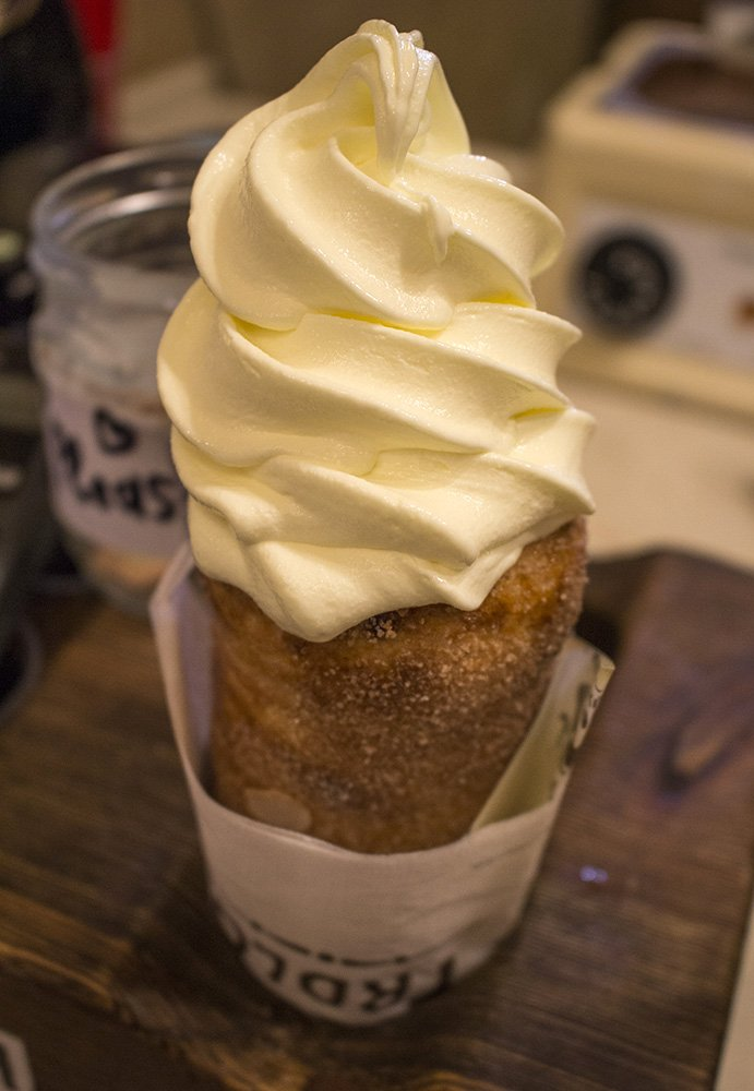 Traditional Czech food to eat in Prague | Trdelnik with ice cream