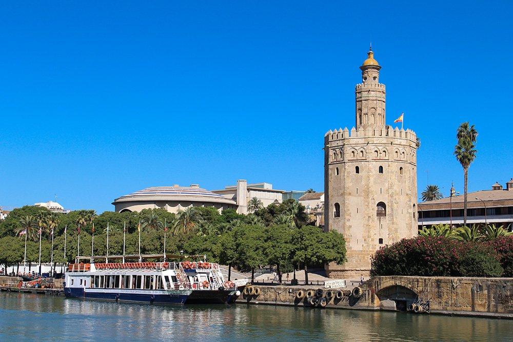 Главные и самые красивые достопримечательности Севильи | Золотая башня