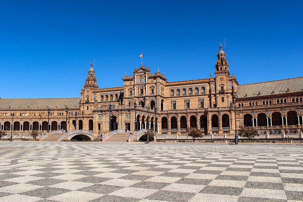 Главные и самые красивые достопримечательности Севильи | площадь Испании