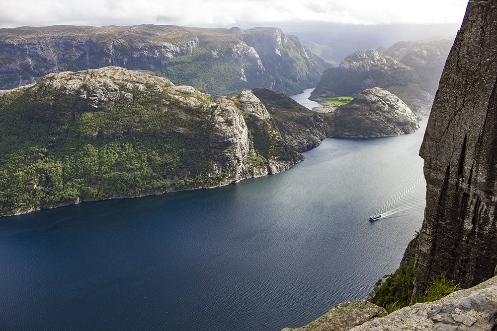 Preikestolen hike   Lysefjord