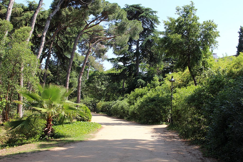 Things to do in Barcelona for free | Palau Reial Pedralbes Gardens